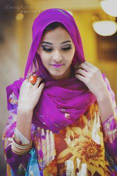 Jawahir Ahmed, Miss Africa Utah winner and Miss Somalia 2013 Muslimah Wedding Dress, Muslim Wedding Dresses, Modest Fashion, Hijab Fashion, Fashion Muslimah, Fashion Pants, African Beauty, African Fashion, Somali Wedding