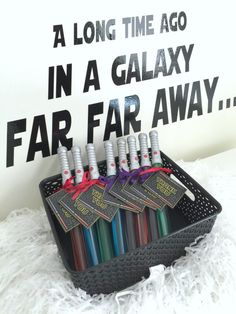 Lightsaber Bubble Wand Party Favors | CatchMyParty.com