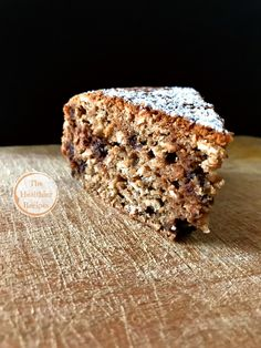 Oat cake, with hazelnuts, coffee and chocolate chips! - The Healthier Recipes - Ok, this you absolutely must try! It tastes nothing short of fantastic, even if the combinations se - Sweet Recipes, Cake Recipes, Healthy Recipes, Super Torte, Tortillas Veganas, Vegan Gluten Free Desserts, Sweet Corner, Torte Cake, Plum Cake