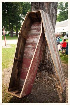 Build Your Own Coffin — Northwoods Casket Company Old Barn Wood, Reclaimed Barn Wood, Barn Wood Frames, Homemade Halloween, Halloween Stuff, Halloween Projects, Halloween 2019, Halloween Costumes, Halloween Coffin