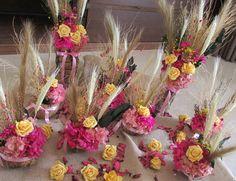 Lindo Kit rosa, valor R$ 268,99 composto por:  - 8 arranjos de flores secas & hortências rosas,pink e amarelo,fitinha rosa-chiclete! na cumbuca de castanha-do-pará,juntamente com sempre vivas,mosquitinhos,aspargos secos e muito mais, medidas: 5X17 cma.alt. ideias como centro de mesa de sua festa! -valor unitario R$ 14,90  -Duo de arranjos no tronco seco do serrado, com rosas em e.v.a.cor pink,rosa e amarelo, fita rosa chiclete! mesmas flores das cumbucas medem aprox.7 cm.larg.45 cm.alt…