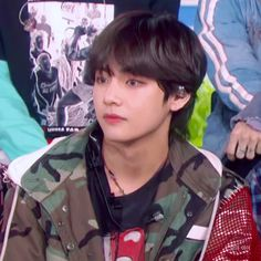 IM GONNA TYPE IN CAPS CZ ITS IMPOSTANT AF, TAEHYUNG LOOK REALLY GOOD WITH HIS MULLET xx #bts #v #taehyung