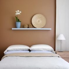 Caramel Bedroom - Caramel and baby blue is a perfect combination for a tranquil room.
