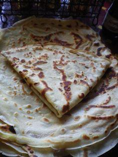 recette de pâte a crêpes signée Pierre Hermé ingrédients: 4 oeufs 200g de farine 20g de beurre 50cl de lait entier froid 1 gousse de vanille 1cac de sel 2 cas de fleur d'oranger 6 cl d'eau