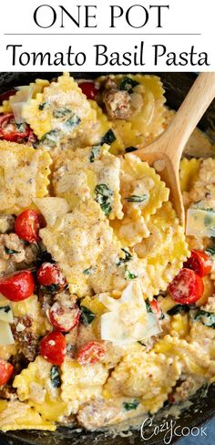 This extra creamy tomato basil pasta is full of fresh flavor and takes just 30 minutes! It's made with juicy cherry tomatoes, delicious fresh basil, sausage, cheese-filled ravioli, and a delicious Parmesan cream sauce. Cheesy Pasta Recipes, Healthy Pasta Recipes, Healthy Pastas, Easy Dinner Recipes, Beef Recipes, Easy Meals, Cooking Recipes, Nice Meals, Dinner Ideas