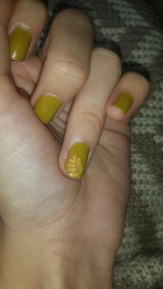 Autumn leafs #autumn #leafs #nailart #nail #stylebook #stylebookofelif #fashion #style #me #colors