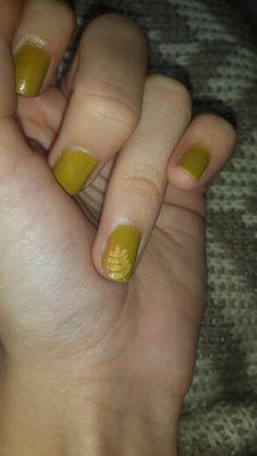 Autumn leafs #autumn #leafs #nailart #nail #stylebook #stylebookofelif #fashion #style #me #colors