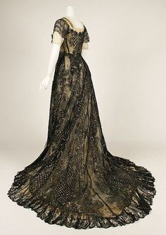 Evening dress ca. 1906-1908 via The Costume Institute of the Metropolitan Museum of Art
