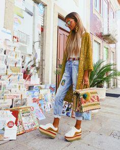"""1,599 Me gusta, 23 comentarios - Adriana Lima☮ (@adrianagolima) en Instagram: """"A vila das artes, das cores 🌈 @notyetstore @accessorieskiki"""""""