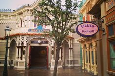 Disneyland Paris, Liberty, Boutique, Mansions, House Styles, Home Decor, Political Freedom, Decoration Home, Manor Houses