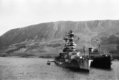 Constructed for the Royal Navy around the Queen Elizabeth battleship HMS Barham was often used as the flagship in battle. Battle Of Crete, Dazzle Camouflage, Heavy Cruiser, Ww2 Photos, History Online, Navy Ships, Power Boats, Submarines, Royal Navy