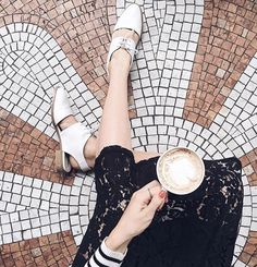"Coffee and #MadeBySarenza ""Parasols De Paris #1"" shoes to end the day on a high note ☕️ #MadeBySarenza #Regram @thefashionfraction #FromParisWithLove #StatementShoes #Paris"
