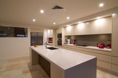 Modern Kitchen Designs Photo Gallery | Hugos Web Design