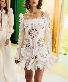 Pin by High Flyer on Apparel. in 2020 Haute Couture Style, Couture Fashion, Gala Dresses, Summer Dresses, Ellie Saab, Fashion Details, Fashion Design, White Fashion, Chic Outfits