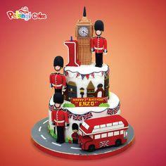 Resultado de imagem para london cake London Cake, Disney, Desserts, Food, Tailgate Desserts, Deserts, Essen, Postres, Meals