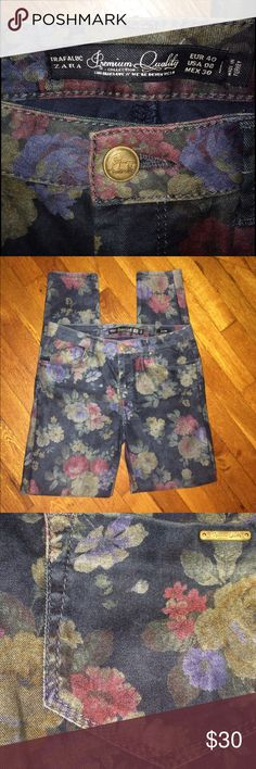 """ZARA...💙STRETCH JEANS😘💕💜 ZARA....TRAFALUC💕️PREMIUM QUALITY COLLECTION...THESE JEANS ARE """"SIZE 8""""..... THEY HAVE A GOOD AMOUNT OF STRETCH TO THEM & THEY ARE SO SOFT WITH A SILKY FEEL💕. THEY HAVE NEVER BEEN WORN, ONLY TRIED ON😉. COLOR IS A FLOWER PATTERN W/A VERY DARK DENIM BLUE BACKGROUND(VERY PRETTY) SO VERSATILE CAN BE DRESSED UP WITH HEELS AND A BLOUSE OR DOWN WITH BOOTS AND A SWEATER😍CANNOT SAY ENOUGH ABOUT THESE PANTS😍😘❤️ Zara Pants Straight Leg"""