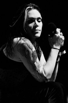 Beth Hart - Born from LA... All business! Beth's voice reminds me of Janis Joplin.. My favorite album is Screamin' for my supper
