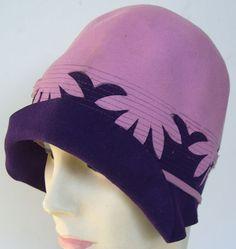Vintage 1920s Purple Lavendar Felt Flapper Womans Cloche Hat.  via Etsy.