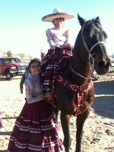 Escaramuza Charra On Pinterest El Paso Mexicans And