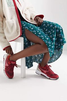 Explore Urban Outfitters collection of women's shoes, featuring the season's latest styles. Diadora Sneakers, Sneakers Nike, Shoes Editorial, Imagines, W 6, Sneaker Boots, New Wardrobe, Athleisure, Urban Outfitters