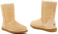 UGG Australia Classic Short Genuine Sand Sheepskin Lined Boot Sz 6M MSRP $154.95…