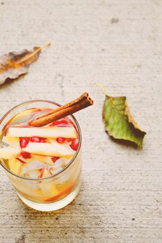 Sparkling Apple Sangria | 21 Fancy Drinks To Help You Forget 2014
