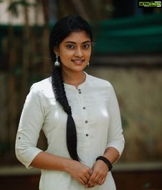 Desi Girl Image, Lovely Girl Image, Beautiful Girl In India, Beautiful Girl Photo, Indian Actress Hot Pics, Most Beautiful Indian Actress, Beauty Full Girl, Beauty Women, Bollywood Actress Bikini Photos