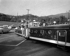 Gatlinburg, TN 1957 Gatlinburg Fire, Gatlinburg Tennessee, East Tennessee, Pigeon Forge Fire, Tennessee Smokies, Cades Cove, Old Images, Appalachian Mountains, Hillbilly