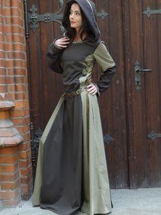 "Mittelalterkleid ""Griet"" Kapuze braun enge... Mori Girl, Medieval Peasant, Maxi Skirt Winter, Big Dresses, Renaissance Dresses, Medieval Fashion, Dieselpunk, Larp, Playing Dress Up"