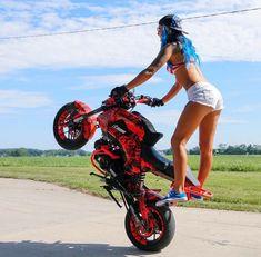 Image may contain: one or more people, motorcycle and outdoor Lady Biker, Biker Girl, Honda Civic Hatch, Stunt Bike, Motorbike Girl, Chopper Bike, Speed Bike, Hot Bikes, Biker Chick