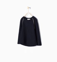 ZARA - COLLECTION AW15 - Sweater with shiny seams