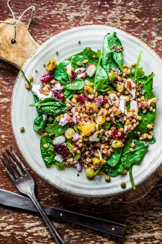 Spinach Salad with Quinoa and Butternut Squash - Recipes - Sprouts Farmers Market Salade Quinoa Feta, Quinoa Salat, Spinach Salad, How To Lose Weight Fast, Meal Planning, Lunch, Healthy Recipes, Pasta, Meals