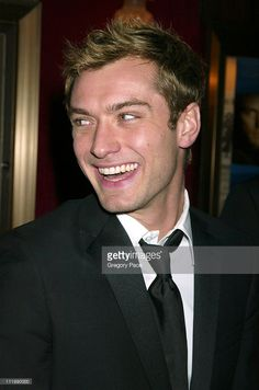 Jude Law during 'Cold Mountain' New York Premiere - Inside Arrivals at The Ziegfeld Theater in New York City, New York, United States.