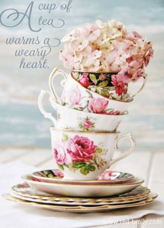 queenbee1924: A cup of tea warms a weary heart. | A taste of Summer Tea~ | Pinterest)