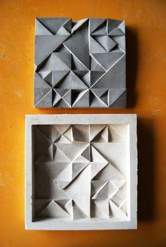Atelier 2014 Cimento Molde de silicone - I can make plaster ceiling tiles Concrete Casting, Concrete Cement, Concrete Furniture, Concrete Crafts, Concrete Projects, Cement Design, Beton Design, Tile Design, Art Concret