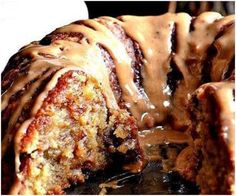 Brown Sugar Carmel Pound Cake - I need this in my face LIKE YESTERDAY. #nomnomnom #cake #caramel