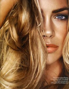 Denise Richards -like the color combo!