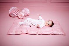 Découvrez toute la collection Trousseau et Layette Printemps - Ete 2016 sur absorba.fr #absorba Sonia Rykiel, Christian Dior, Jacadi, 3 In One, Harpers Bazaar, Baby Wearing, Pink Girl, Little Ones, Bean Bag Chair