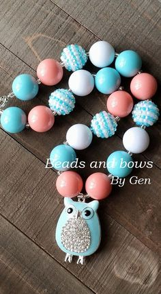 Whoo loves Owls Chunky Bubblegum Necklace  by BeadsandBowsByGen