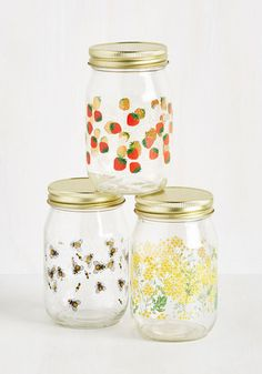 Posh Pantry Jar Set in Meadow. Make your salad dressing in bulk or save your extra sauce for leftovers, storing em in this set of glass jars! #multi #modcloth