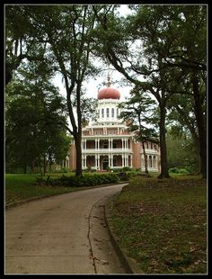 Longwood Plantation--Natchez, Mississippi--a hollow shell of a house that was never finished.