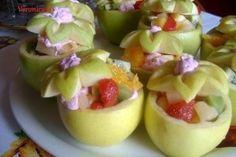 Salata de fructe in cupe de mere - Culinar.ro Cake Cookies, Kiwi, Fruit Salad, Pudding, Sweets, Cooking, Desserts, Fun, Pineapple