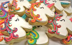 Glittery, rainbow unicorn cookies! - HayleyCakes and Cookies