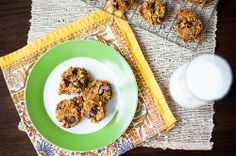 Healthy Pumpkin Oatmeal Chocolate Chip Cookies » FabFitMommy.com