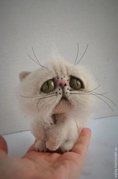 Купить Обиженка Джеймс, пока одинокий кот - бежевый, кот, котик, кошка, котенок, валяный