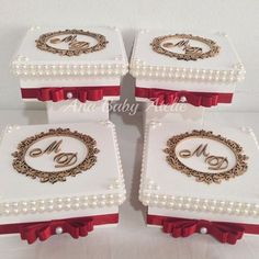 Amazing DIY Decorative Boxes Ideas you will love for sure Wedding Favor Boxes, Wedding Gifts, Marsala Wedding, Box Creative, Diy Gift Box, Wedding Glasses, Ceremony Decorations, Diy And Crafts, Wedding Planning