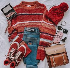 Grunge discovered by A on We Heart It Indie Outfits, Teen Fashion Outfits, Cute Casual Outfits, Retro Outfits, Cute Fashion, Outfits For Teens, Vintage Outfits, Simple Edgy Outfits, Aesthetic Fashion
