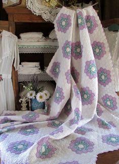 $275 Gorgeous! Romantic Cottage VINTAGE 30s Flower Garden QUILT Purple Green White http://ift.tt/2ayXqi6