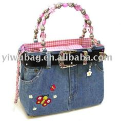 Handmade Denim Jeans Purse  I just happen to have tons of old jeans.