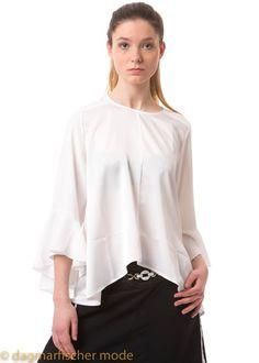 Leichte Bluse mit Glockenärmeln  Bluse Conjure-Up von HIGH in schwarz und elfenbein - dagmarfischermode.de  #offwhite #elfenbein #glockig #fashion #moda #sommer #summer #high #clairecampbell